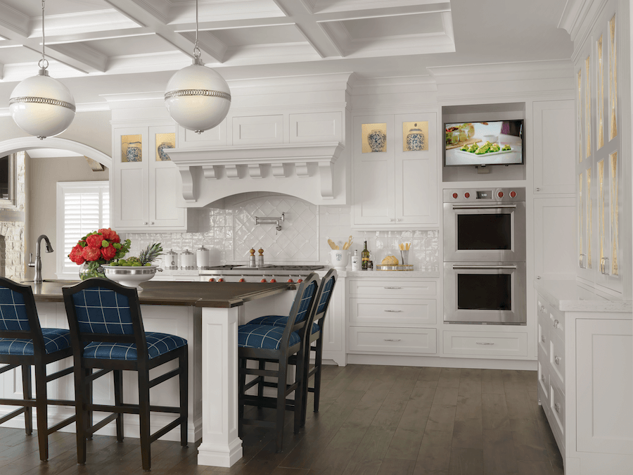 Custom Home Bright White Kitchen Beck Allen Cabinetry
